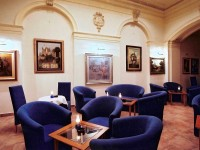 Guarnerius gallery